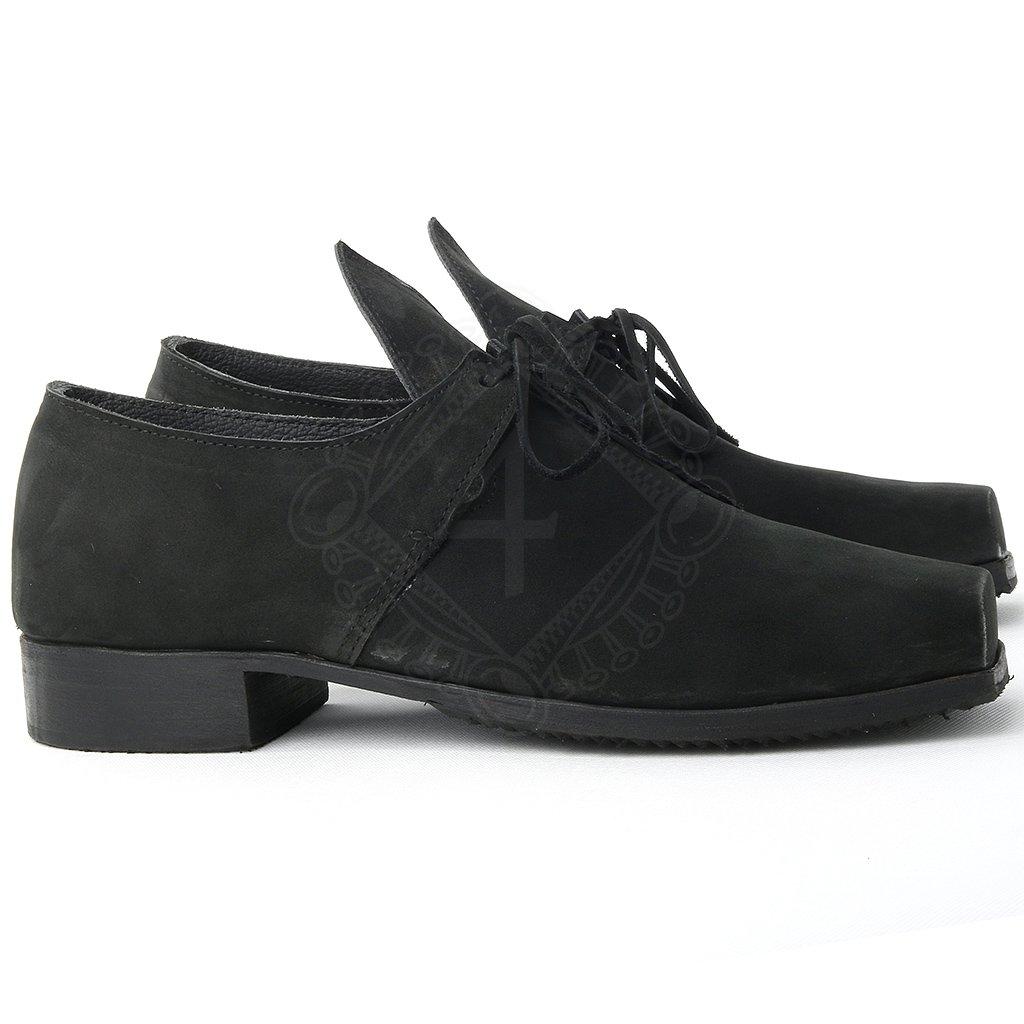 4be22f540a4 ... Barokní kožené pánské boty na podpatku ...